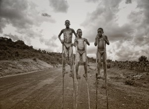 banna-tribe-ethiopia-rod-waddington